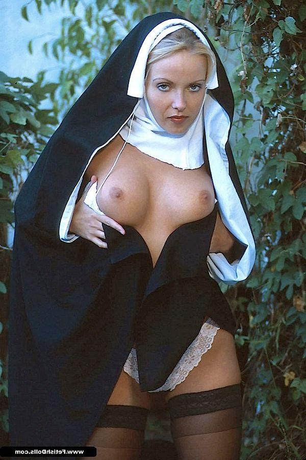 Смотреть порно развратные монашки