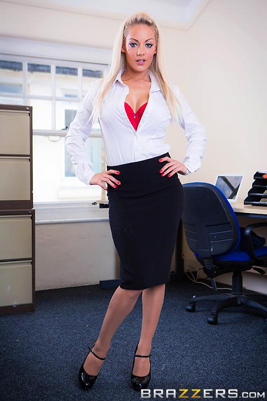 Порно жесткое с секретаршей