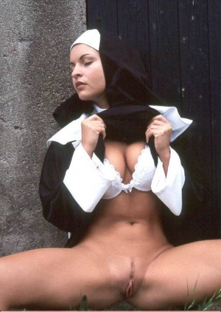 Сексуальные монашки в деревне ебля фото 226-607