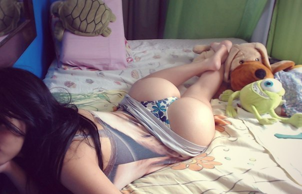Девицы из секс чата любят сосать и ебаться демонстрируя сиськи