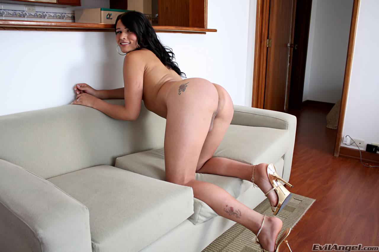 Порно лизбиянки с скрасивым телом