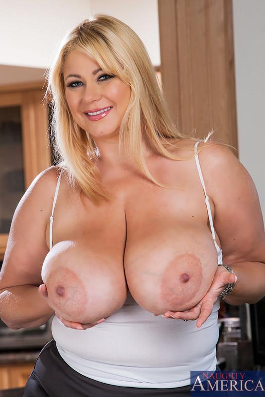 Milf big tits big boobs