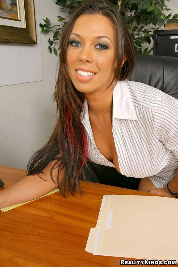Секретарша порно в офисе 7