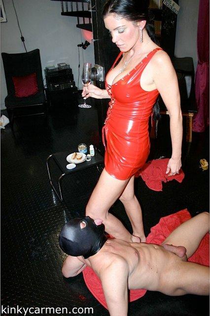 Ролевые игры и бондаж с пьяной дамочкой