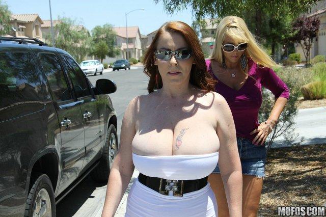 Толстые женщины в возрасте красиво трахаются с негром