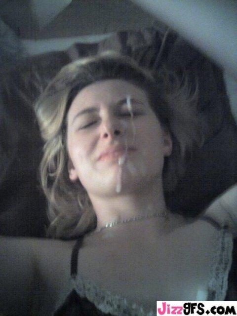 Сексапильные сучки с ночей на лице после минета