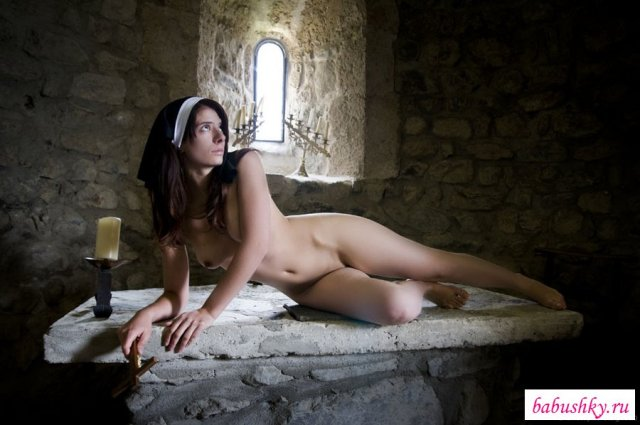 порно худую монашку